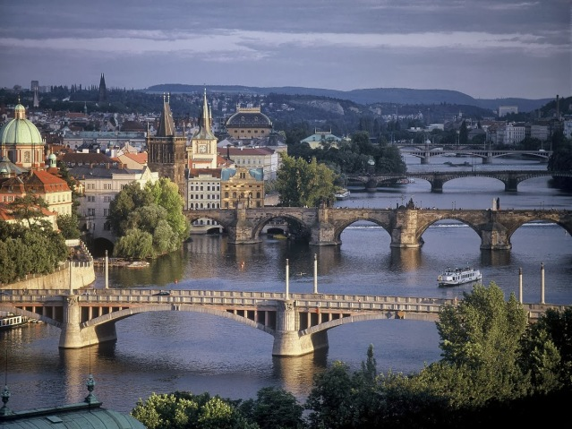prague-bridges-spanning-the-river-vltava-czech-republic